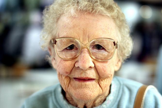 Bunică sănătoasă, bunică bolnăvicioasă