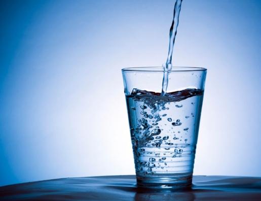 Un pahar cu apă