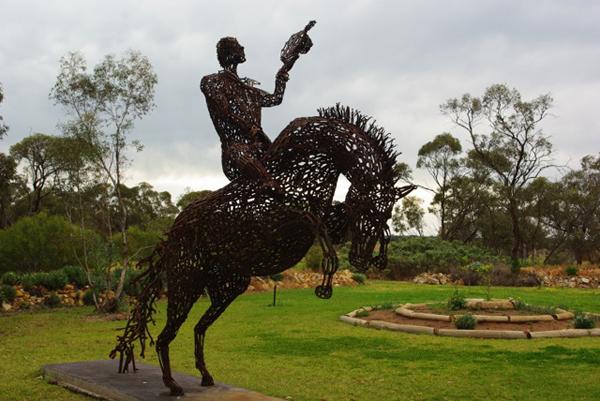 John-Piccoli-arta-cheie-sculptor-inspiratie-012