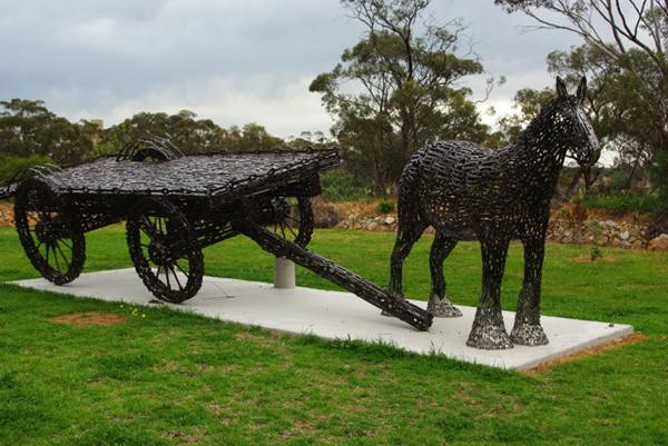 John-Piccoli-arta-cheie-sculptor-inspiratie-013