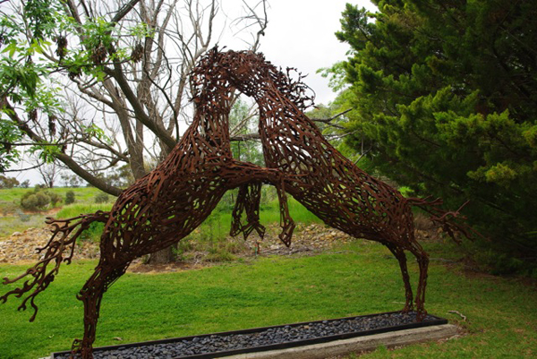 John-Piccoli-arta-cheie-sculptor-inspiratie-015