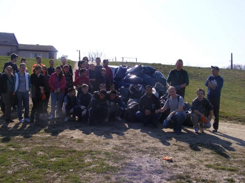 Ecologizare malul Mureșului Lipova 15 martie 2014
