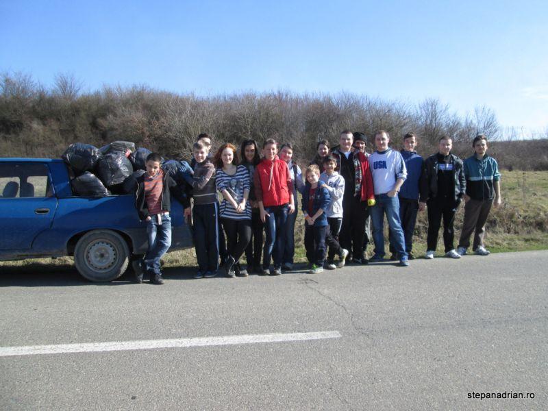 Primăvara începe cu o ecologizare la Lipova