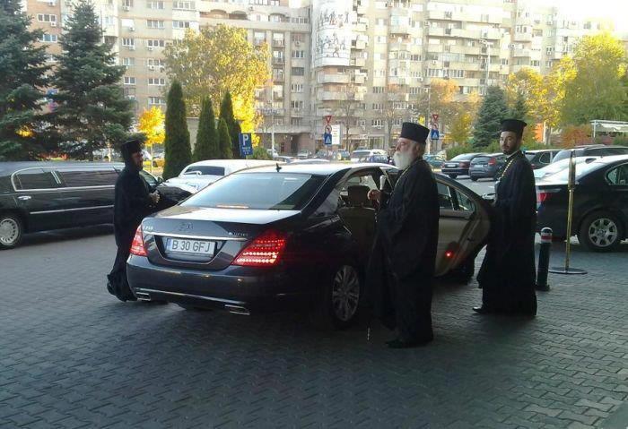 BOR-preoti-masini-lux-biserica-ortodoxa-001