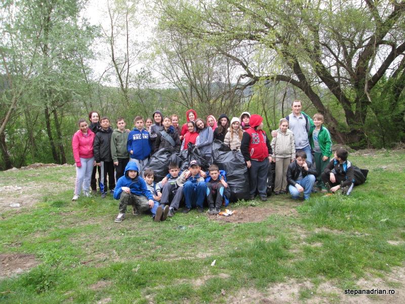 Ecologizare 9 martie 2014 Lipova – Malul Mureșului