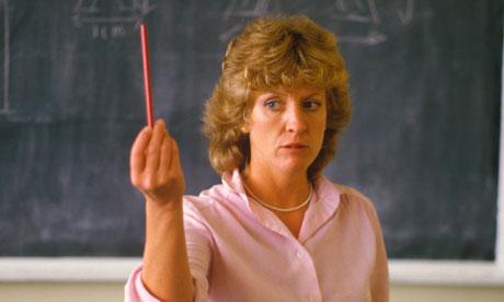Cum faci reclamație împotriva unui profesor incompetent?