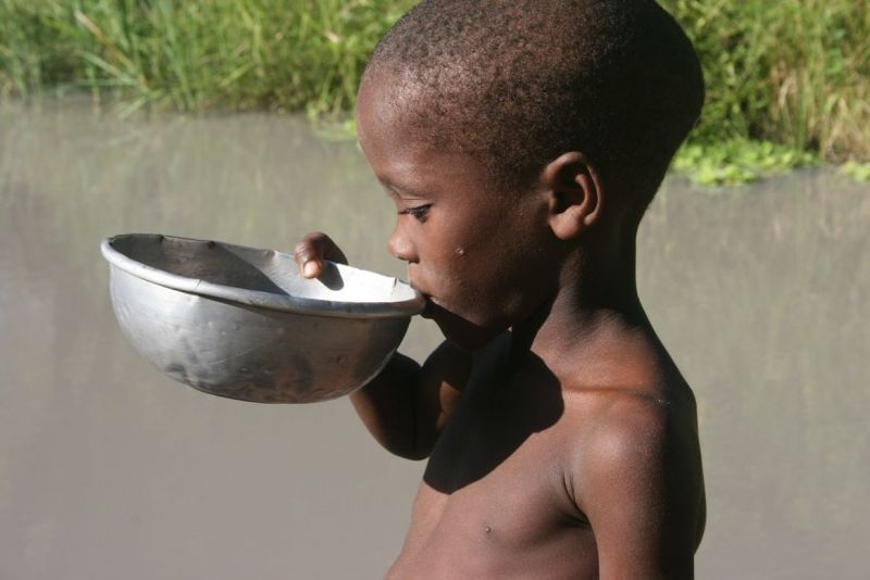 IceBucket Challenge când alții mor de sete prin Africa