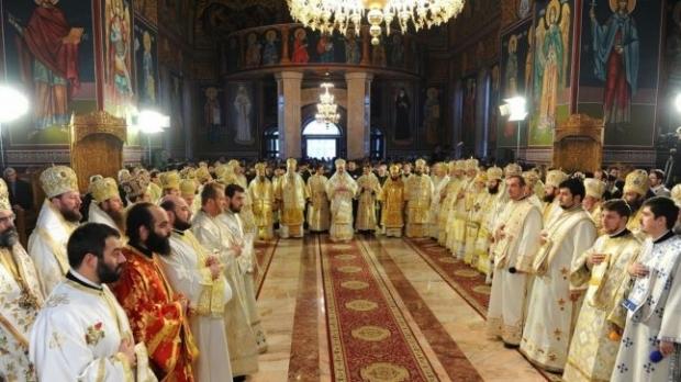 Grețoasa Biserică Ortodoxă Română cu Arhaismele ei cu tot
