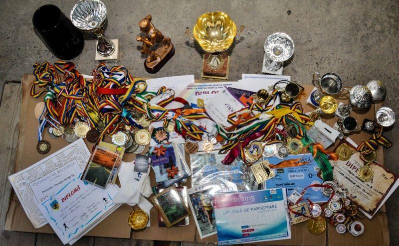 Medaliile, Cupele și Diplomele strânse în decursul timpului de Moșion