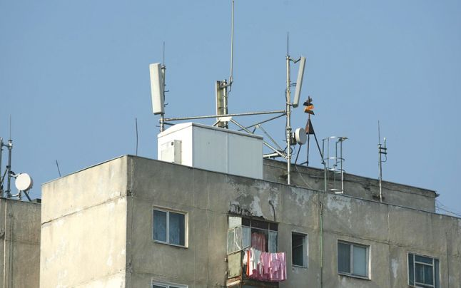 Efectele radiațiilor antenelor de telefonie montate pe bloc [partea a 2-a]