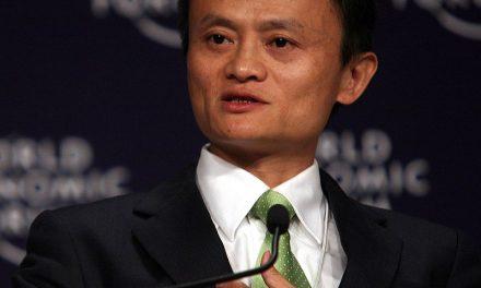 """""""Nu te mai plânge ca să poți vedea oportunitățile!"""" – Jack Ma"""