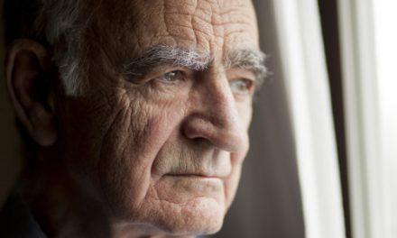 Bătrânul îndrăgostit de la Spitalul Județean și… porcul