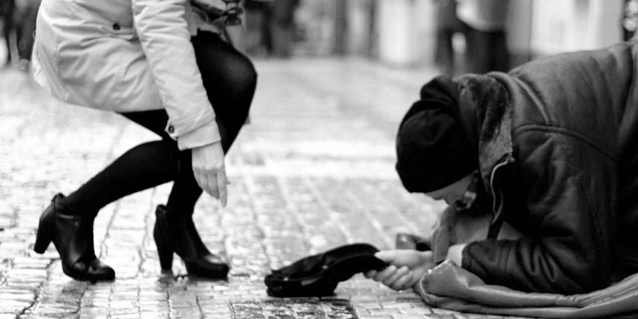 Săracii NU trebuie hrăniți. Trebuie lăsați să…